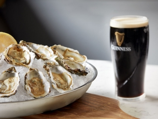 Morelands Grill – Oysters & Guinness