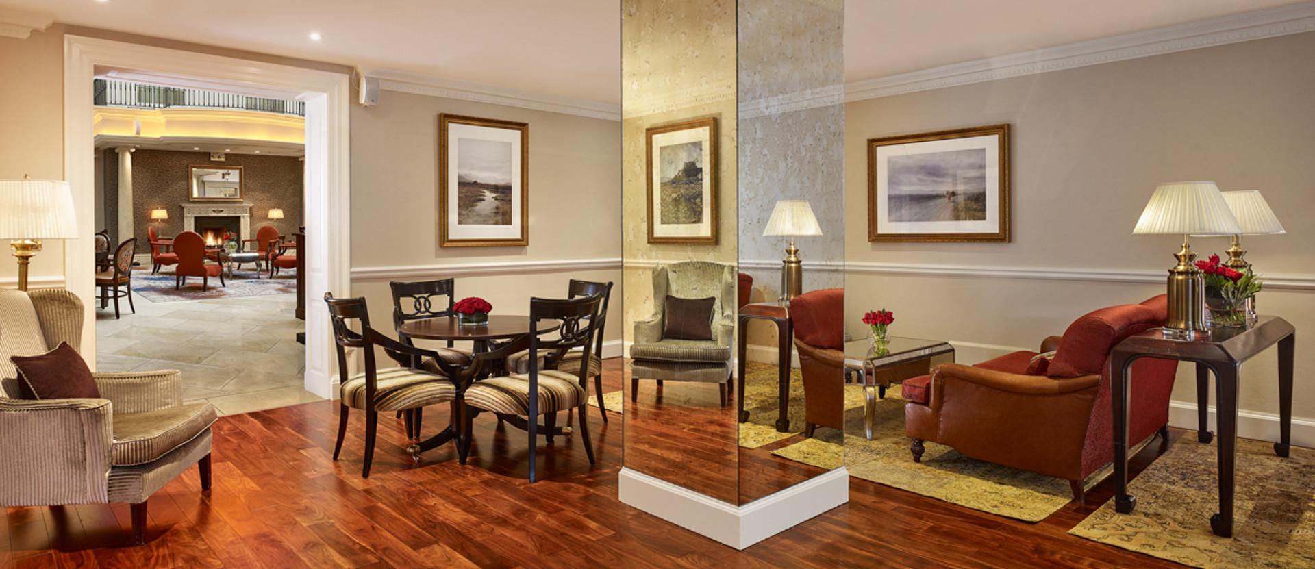 The Atrium Lounge - Parlour
