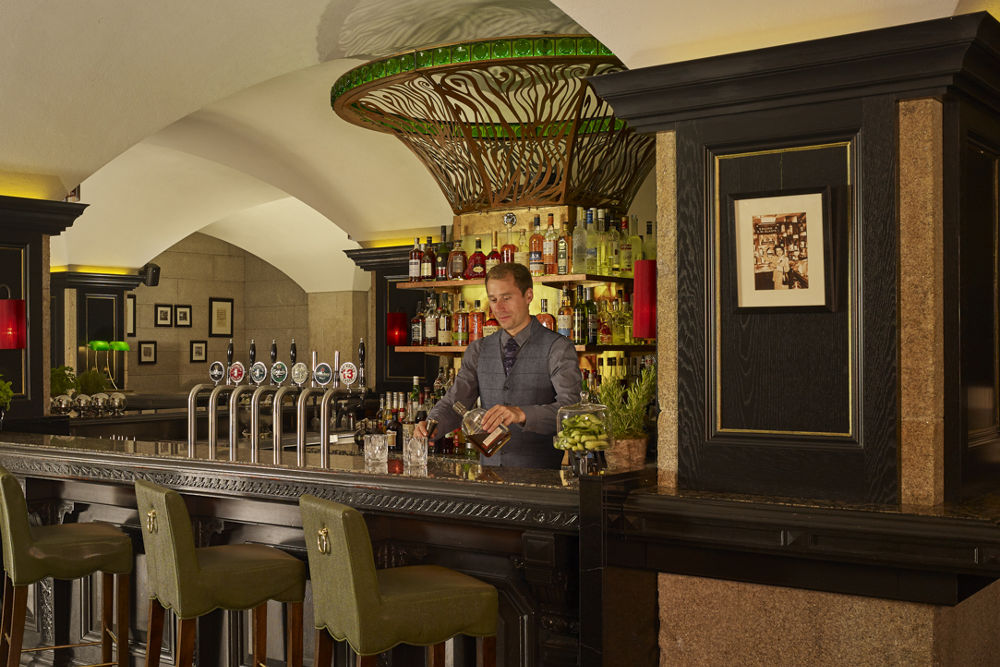 The Mint Bar – Mixologist in Action Dublin
