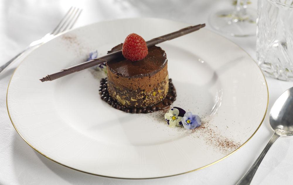 Wedding-chocolate-dessert-option