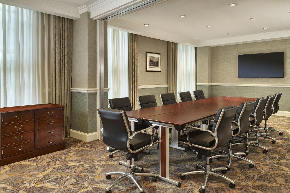 he Hapenny Farthing - boardroom Dublin