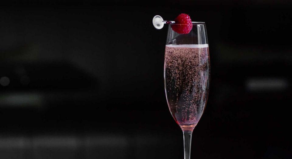 Bellini cocktail at the Atrium lounge